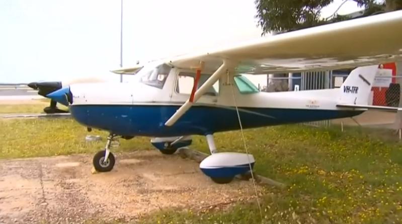Estudante de pilotagem aterra avião Após Instrutor Desmaiar em Pleno Voo na primeira aula