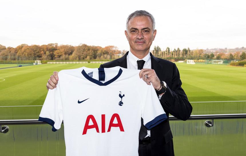 José Mourinho Assina pelo Tottenham Até 2023
