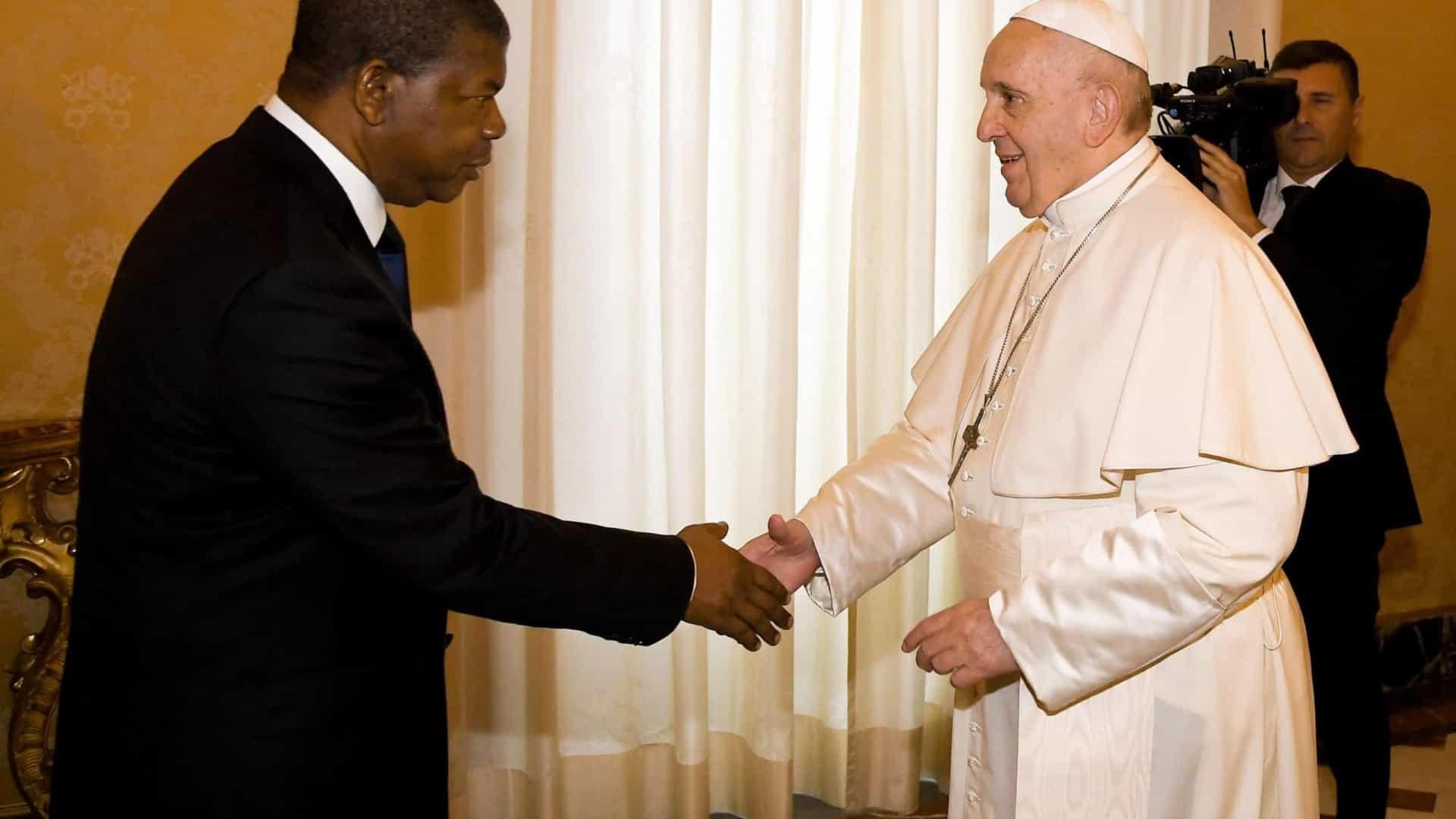 Presidente angolano encontrou-se com Papa Francisco no Vaticano