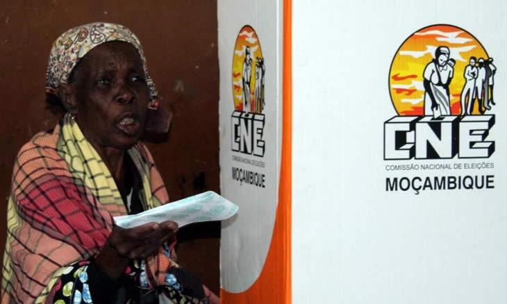 """União Europeia diz ter detetado """"irregularidades e más práticas"""" no dia das eleições, e durante a contagem dos votos"""