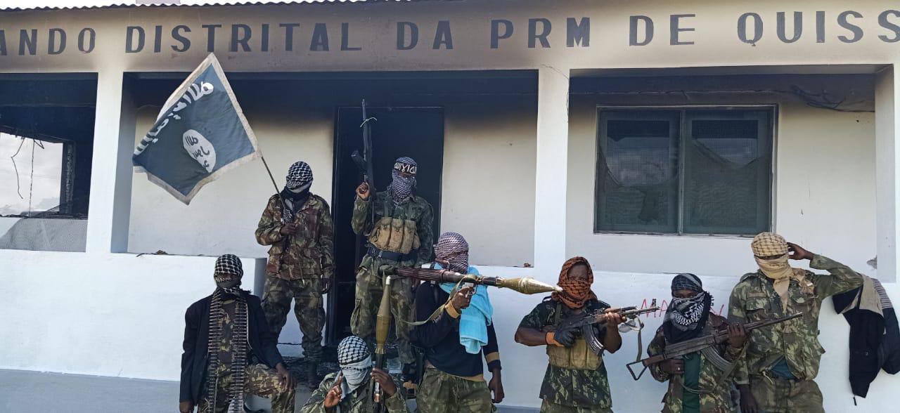 Terroristas ocupam porto de Mocímboa da praia e Estado Islâmico divulga imagens