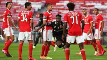 Benfica é derrotado pelo Santa Clara em pleno Estádio da Luz por 3-4